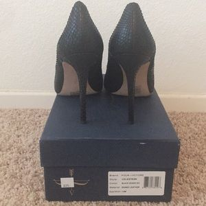 Woman's Black, Snake Leather brand new shoes